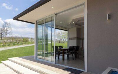 Holz, Kunststoff oder Holz/Aluminium: Welche Fenster sich für Ihr Haus eignen